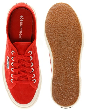 Red superga