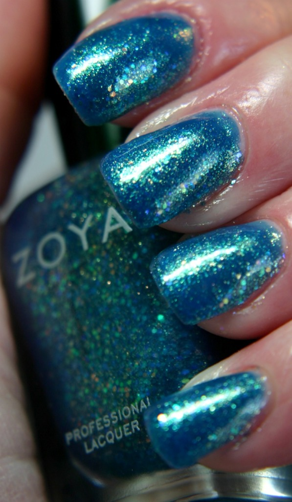 Zoya Bubbly Muse .jpg