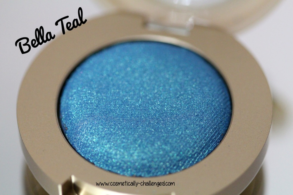 Milani Cosmetica Bella Gel Powder Eyeshadow in Bella Teal.jpg