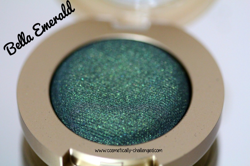Milani Cosmetics Bella Gel Powder Eyeshadow in Bella Emerald.jpg