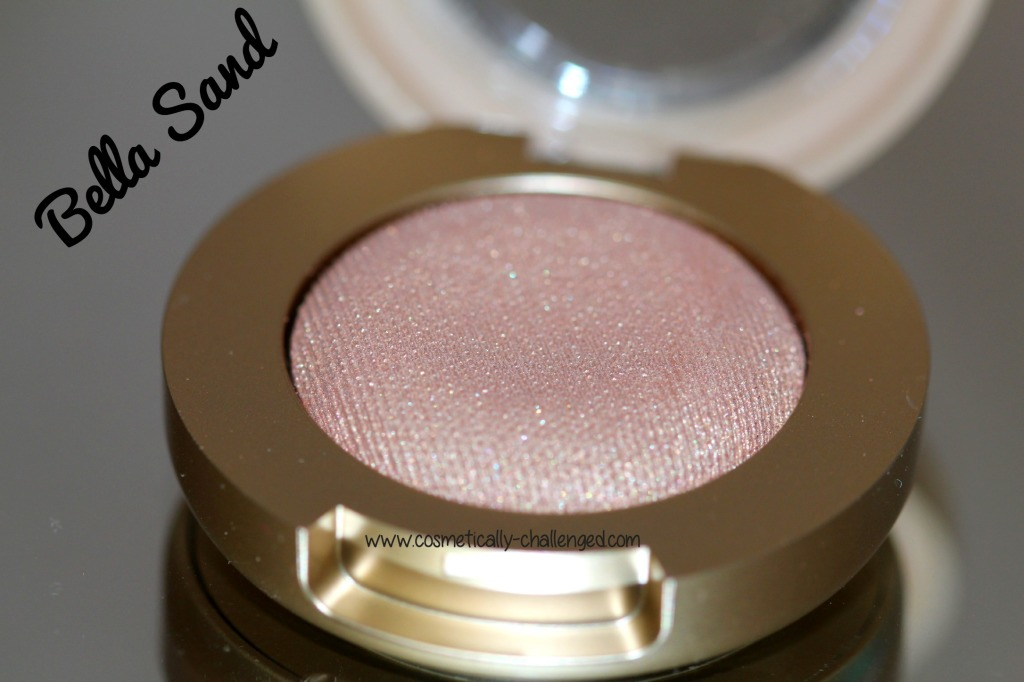 Milani Cosmetics Bella Gel Powder Eyeshadow in Bella Sand.jpg