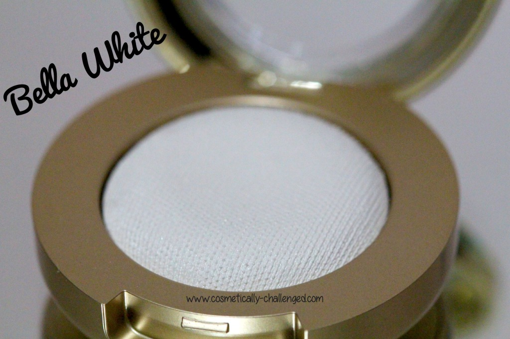 Milani Cosmetics Bella Gel Powder Eyeshadow in Bella White.jpg