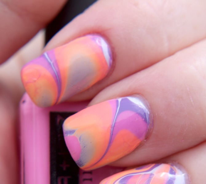 Mani of the Day: Tie Dye with Ginger and Liz
